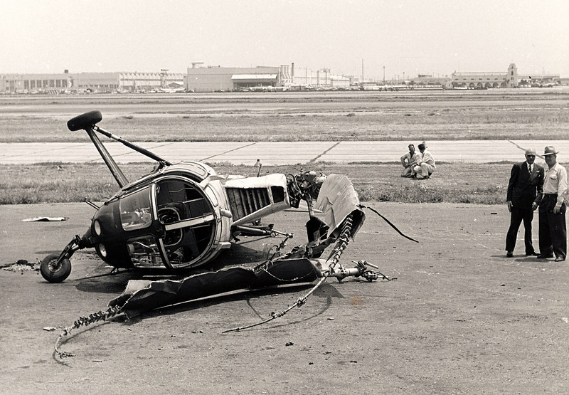 "June 6, 1951: This Los Angeles Airways Sikorsky S-51 was in the process of carrying mail from Los Angeles International Airport when at an altitude of about 20 feet above the ground the tail rotor failed. Pilot Gale Moore escaped without injuries. <br /> <br /> Witnesses reported after the crash that the copter was crawling across the ground like a ""giant crab"" as the rotor blades continued to turn."