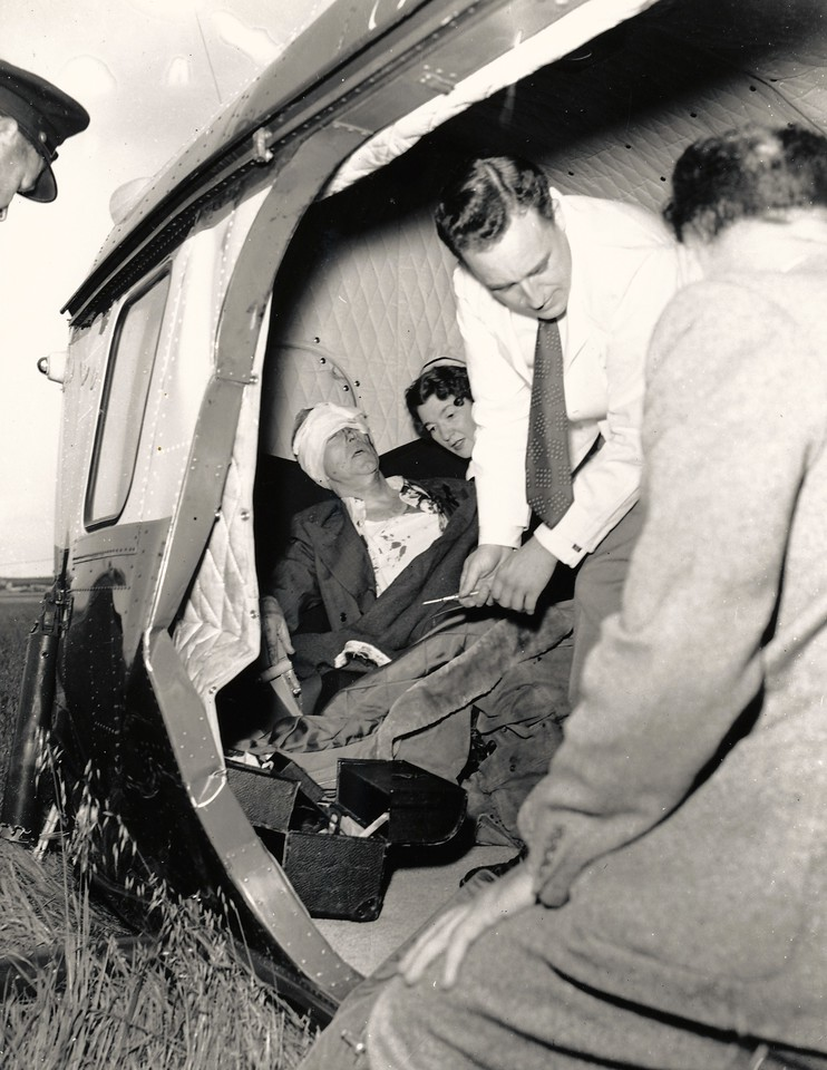 Doctors and nurses arrived quickly to treat the two passengers with serious injuries. Visible is the buckled passenger cabin door frame.