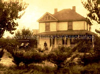 Gardner family farm in Santa Clara, California - c. 1915
