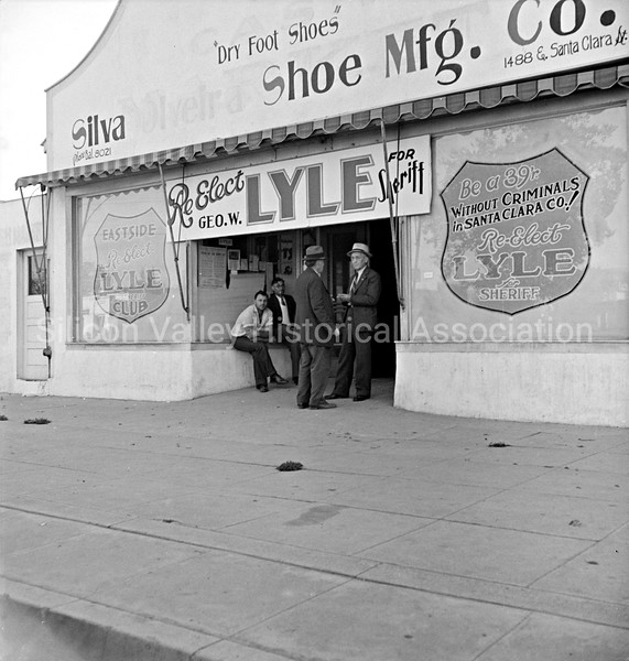 Santa Clara, California in 1938 during election time