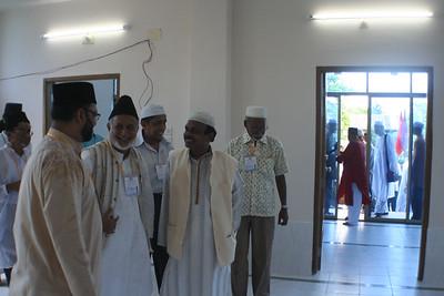 National Ameer (C), Sadr Ansarullah(R) & Abdul Qader, G.S. Fatullah Jamat(L)