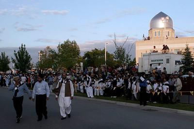 Awaiting Hazrat Sahib's arrival
