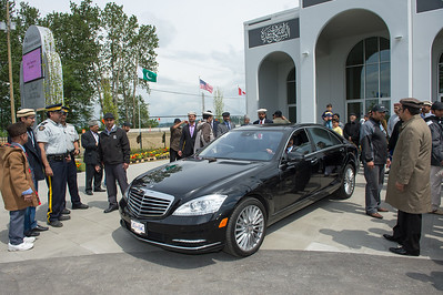 Khalifa of Islam's departure from Vancouver to Calgary