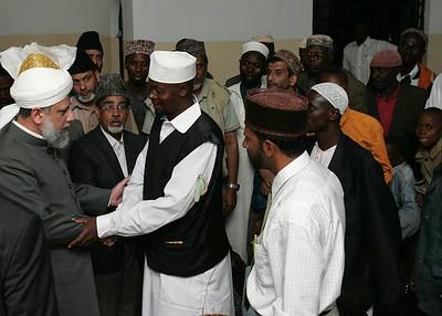Eldoret Ahmadis meet Hazrat Sahib