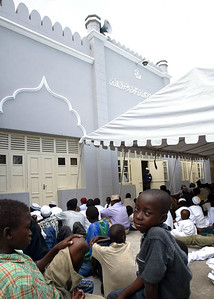 Children at back of Mosque, Mombasa