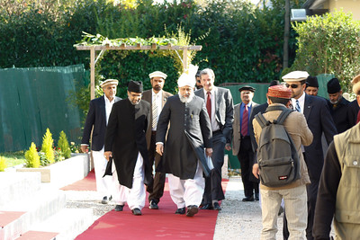 Huzur (aba) arriving at Mubarak Mosque