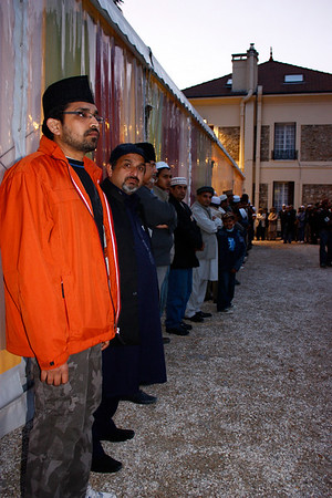 Member of Jamaat Ahmadiyya France waiting for Huzur's (aba) arrival