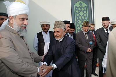 Huzur meets Ch. Hameedullah Sahib