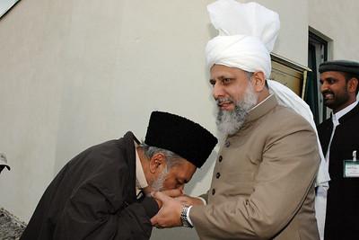 Huzur with Syed Mir Mahmood Ahmad Nasir Sahib, Principal Jamia Ahmadiyya Rabwah
