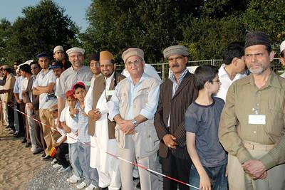 Members of Hannover Jamaat waiting for Huzur