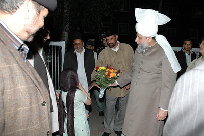 Huzur arrives at Fazl-e-Omar Mosque in Hamburg, Germany