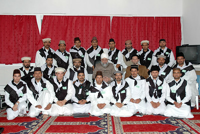Huzur with National Amila Majlis Khuddamul Ahmadiyya Germany