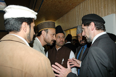 Amir Sahib talking to the mubaligheen