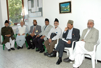 Qazis waiting for meeting with huzur