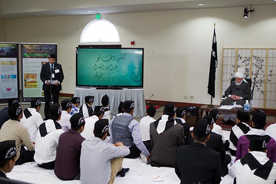Waqfe Nau Class and other activities  May 8, 2013