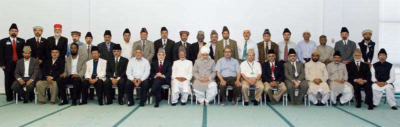 National Majlis Aamila USA with Khalifa tul Masih V, June 2008