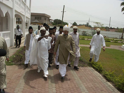 Hazrat Khalifatul Masih V during inspection