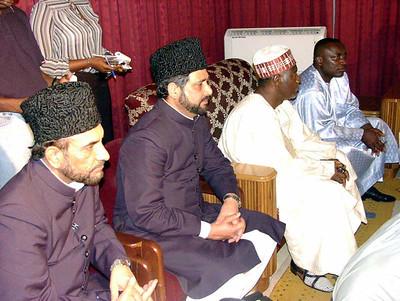 Qafila members at the presidetial lounge accompanying Huzur