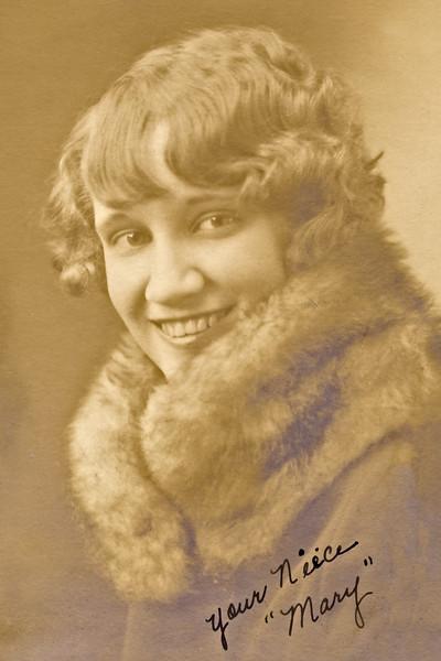 29–Mary Titus (Snow)