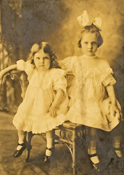 8–Lavona & Elizabeth Fowlkes