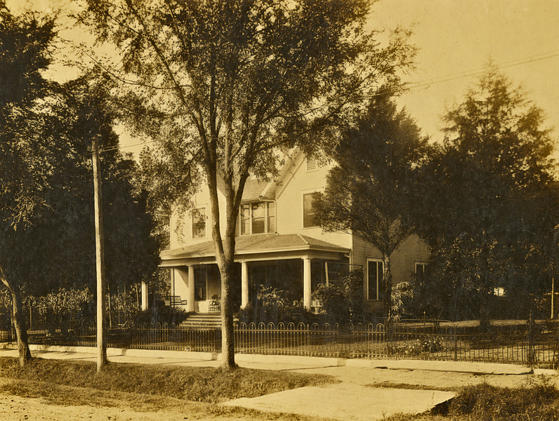19–The Fowlkes residence on Thud (?) St.