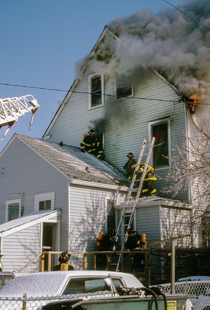 Elmwood Park  2nd alarm 2530 72nd Ct  Feb 1988
