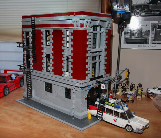 Ghostbuster's Firehouse  Lego Kit