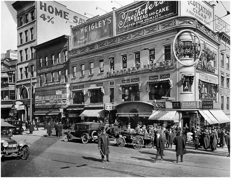 Albany NY State NE Corner State Street and North Pearl circa 1925