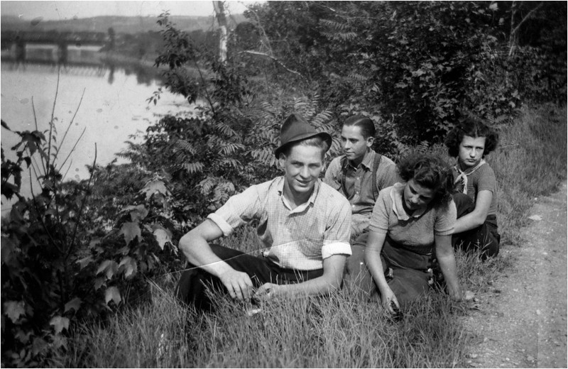 Goerge Bud Hinchcliffe and Kohn Mossey and Lucille and Mary Berthe Amyot circa 1946