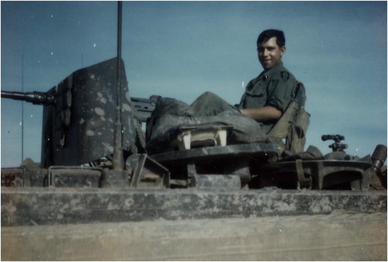 Bob Bessette Tank Viet Nam Feb 1969
