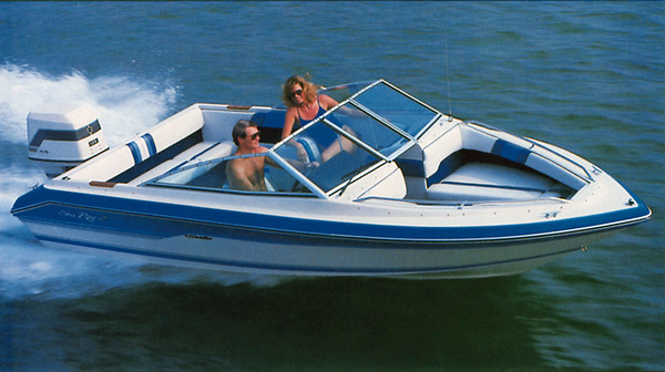 Sea-Ray-Seville-18-Bowrider-1988