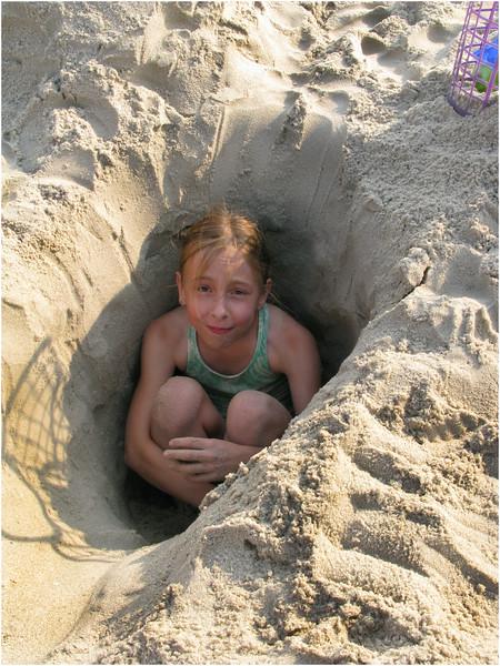 Jenna Bessette Avalon Beach Playing 3 July 2008