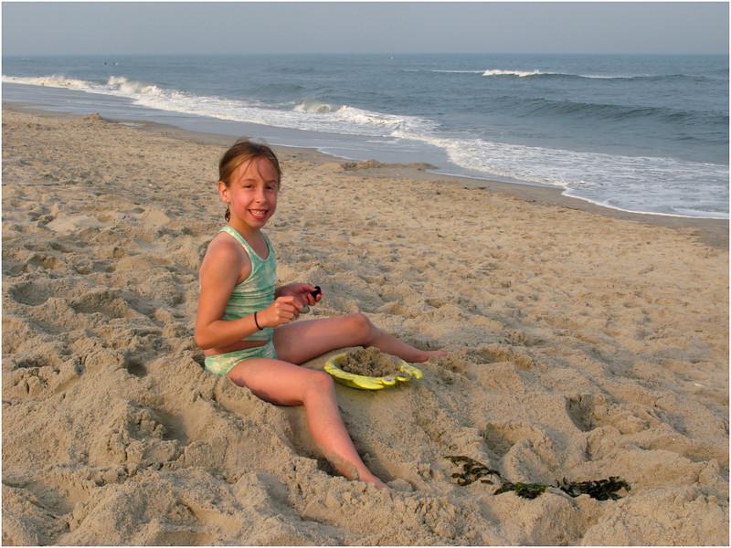 Jenna Bessette Avalon Beach Playing 8 July 2008