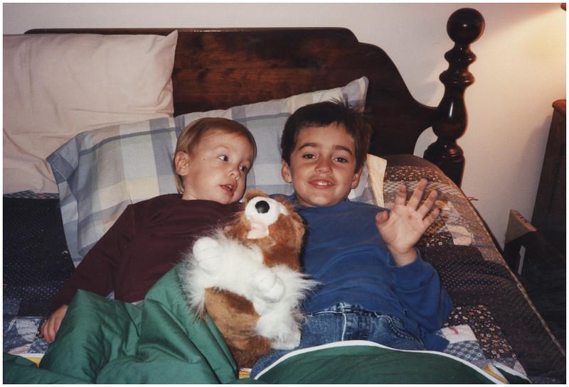 ADelmar NY Dumbarton Jenna Connor Bed October 2000