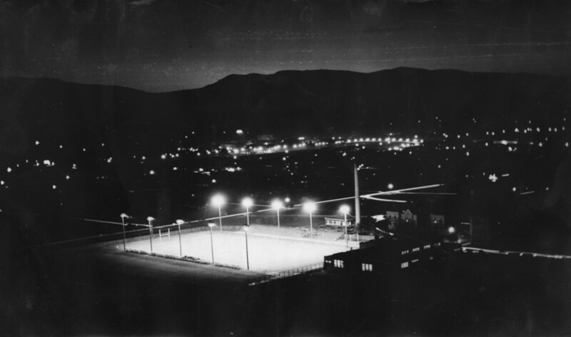 isu_uisb_02_02g_stadium1931