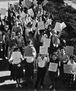 1963 Celebrating University Status