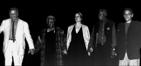 2002 Benefit Poetry Reading  - San Francisco<br /> Galway Kinnell, Lucille Clifton, Sharon Olds, Yusef Komunyakaa, Li Young Lee