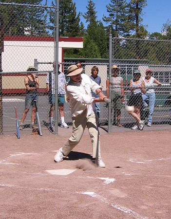 Galway Kinnell plays poet softball 2004