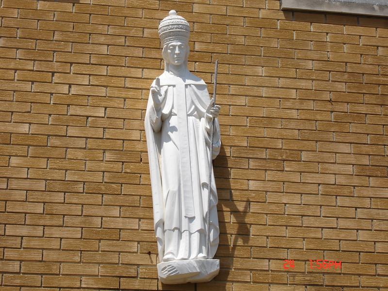 1958 St Leo statue
