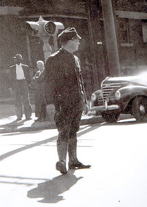 1940's IPD officer directing traffic 02