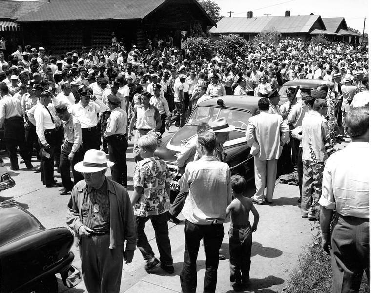 Elder Avenue 6-30-1954 Many Police after event