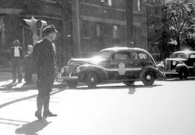 1940's IPD officer directing traffic 01