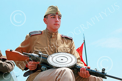 HR-WWIISAS 00022 Portrait of a male World War II Soviet Army soldier with a machine gun, historical re-enactor picture by Peter J Mancus