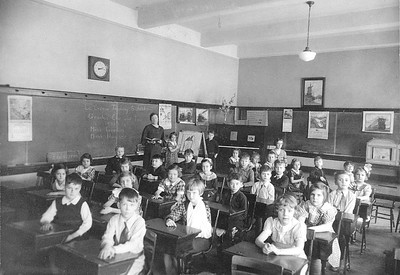1936 UWL 2nd Grade Morris Hall