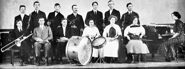 1911 UWL Orchestra