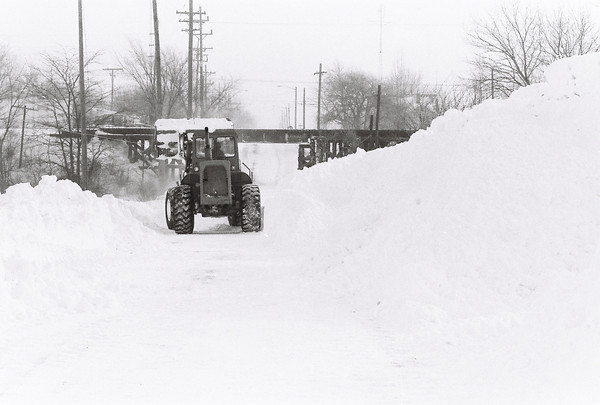 Blizzard 1978<br /> 1-26-78<br /> West Defenbaugh near Dixon<br /> Kokomo Tribune Photo