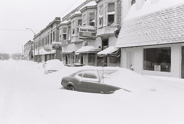 Blizzard 1978<br /> 1-27-78<br /> downtown<br /> Kokomo Tribune Photo