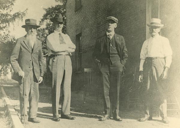 La Moille, IL L2R Henry Showalter, Joe Showalter, Charles Stauffer, Theodore Steckel 1200dpi
