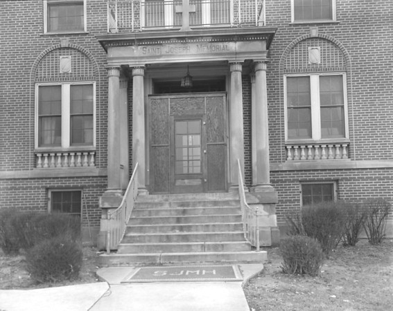 circa 1935<br /> St. Joseph Memorial Hospital<br /> KT file photo