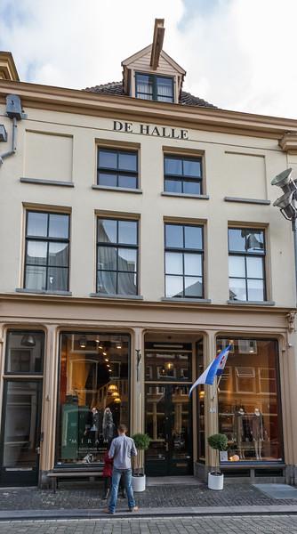 De Halle